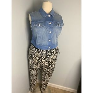 NWT Crop Demim Jean Vest 2x and 3x available